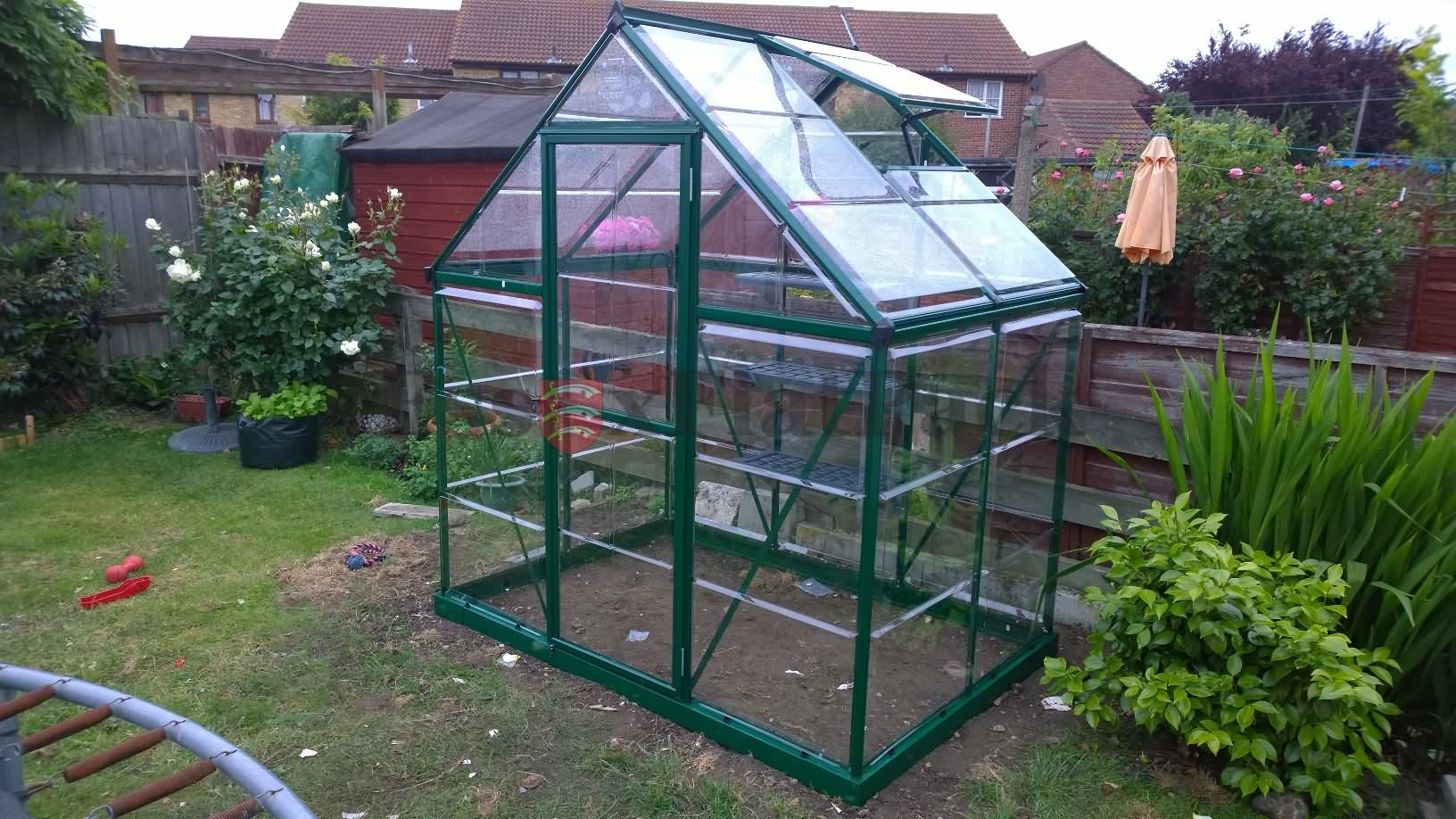 essexflatpack-greenhouse-20150613114857.jpg