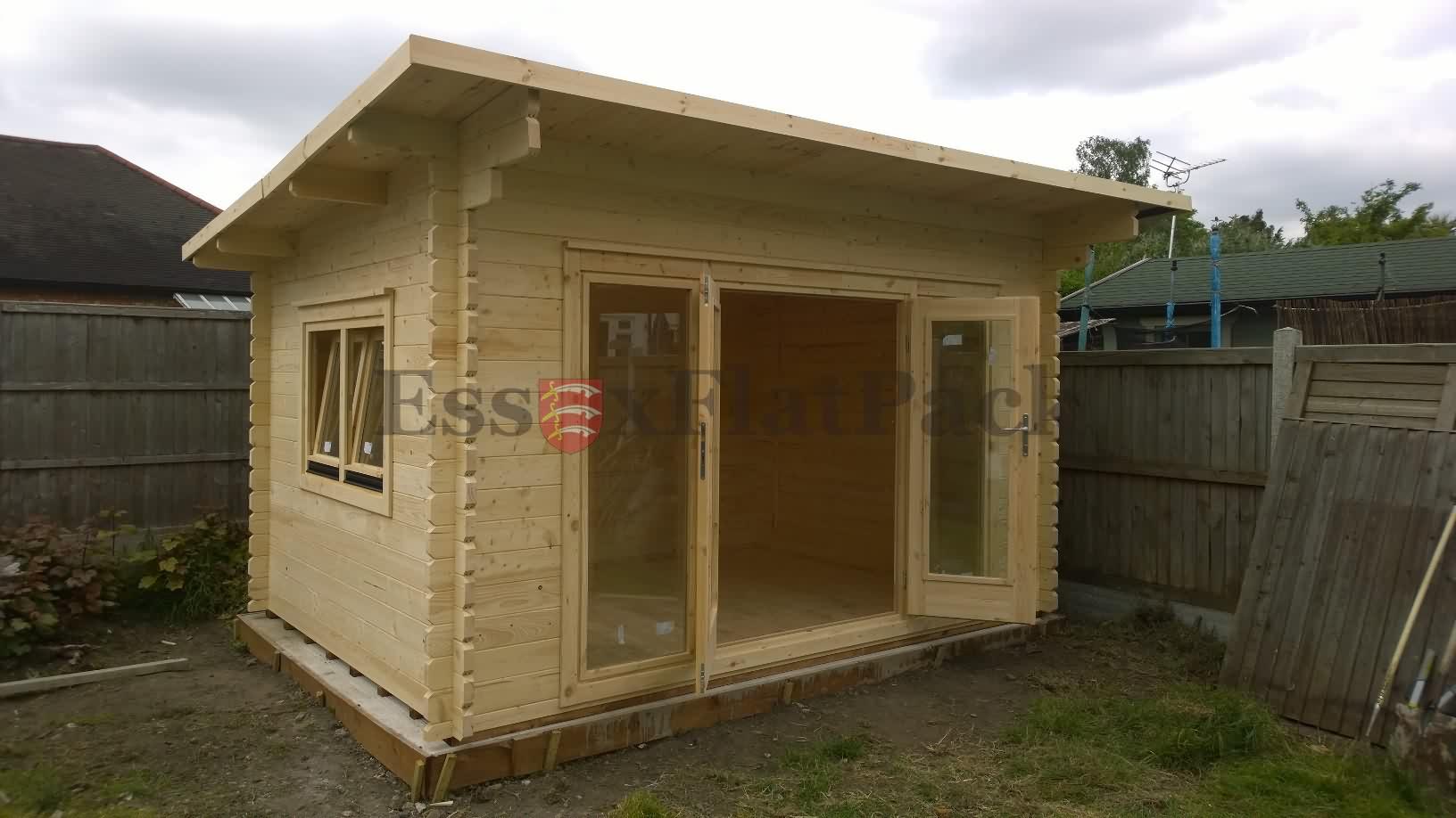 essexflatpack-log-cabins-20150522152304.jpg