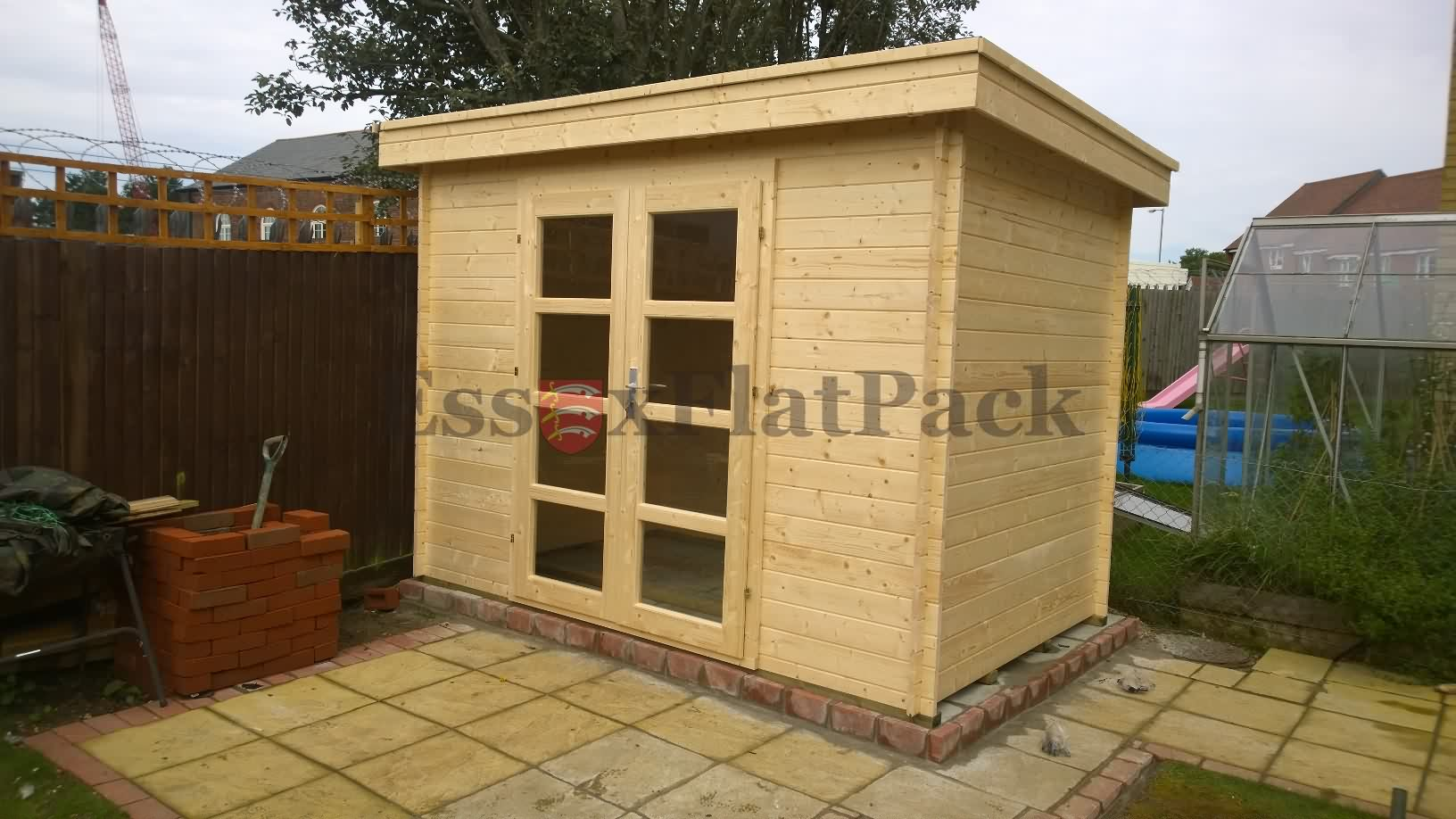 essexflatpack-log-cabins-20150917115511.jpg