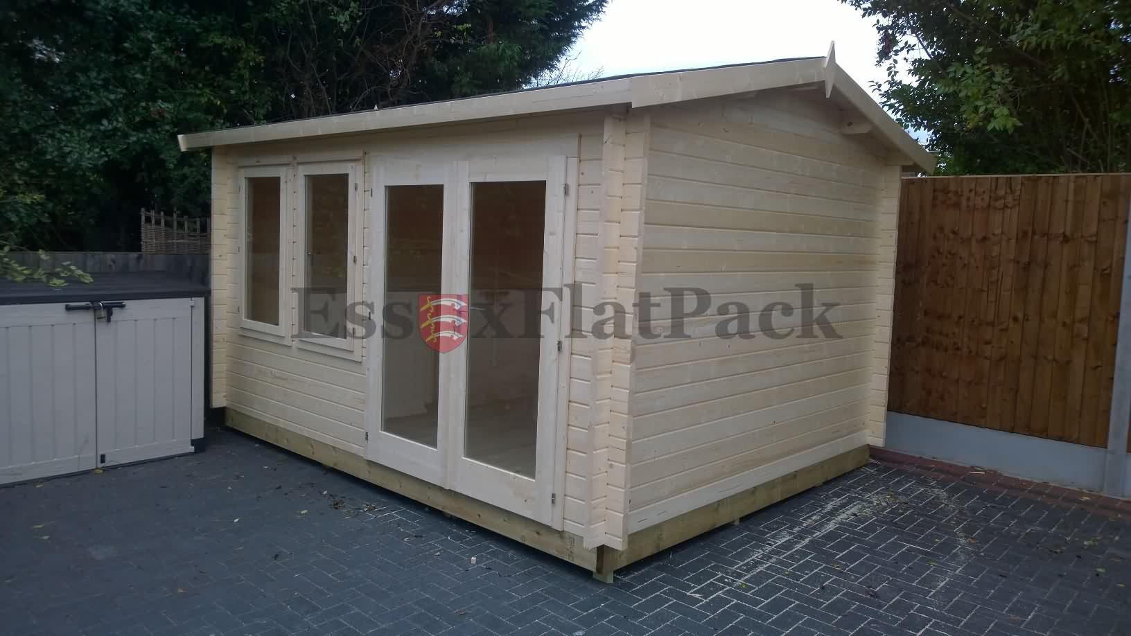 essexflatpack-log-cabins-20161106140401.jpg