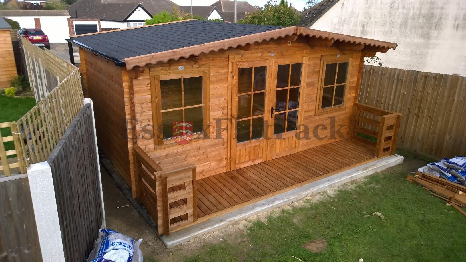 essexflatpack-log-cabins-20170916174502.jpg