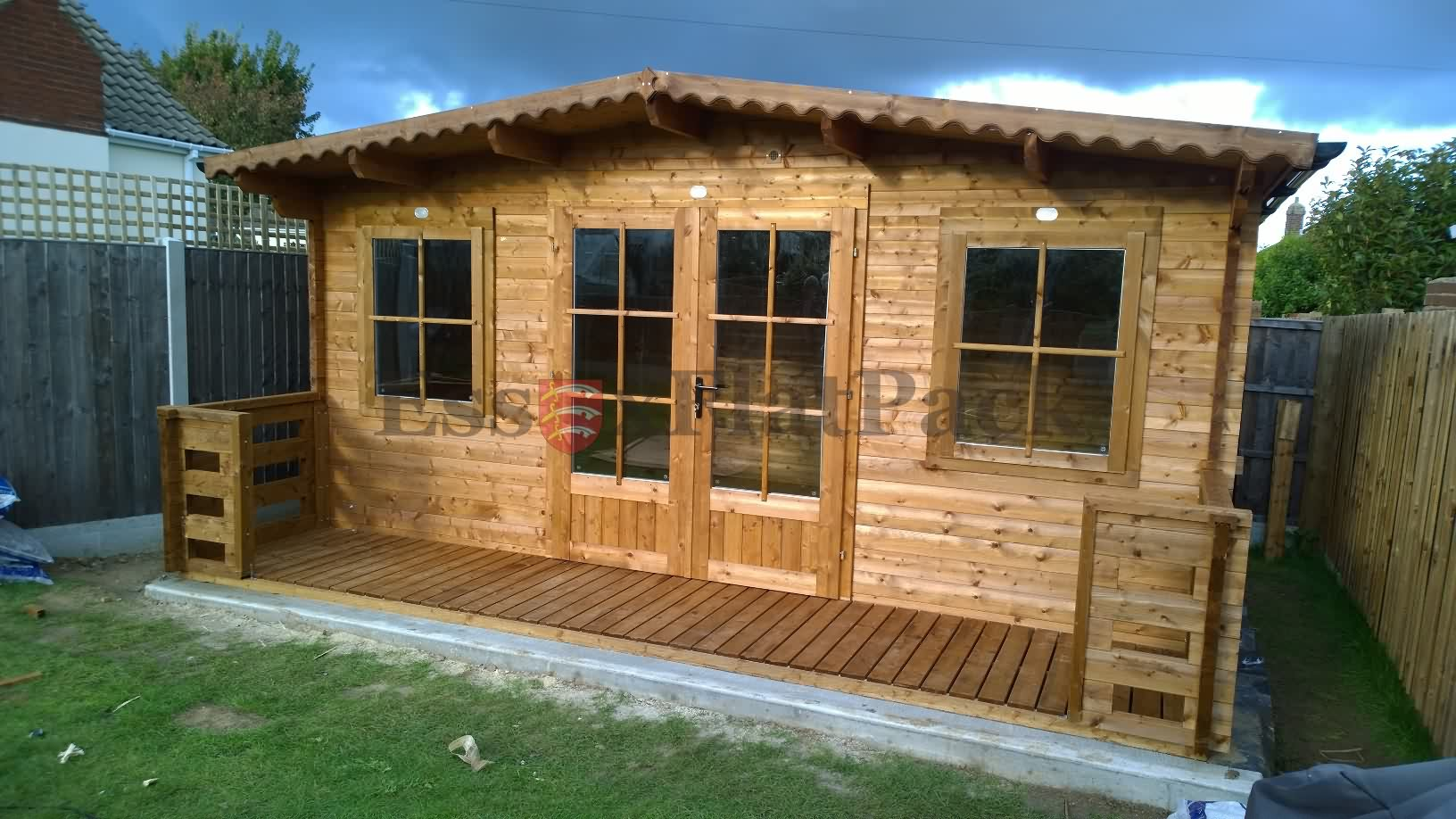 essexflatpack-log-cabins-20170916174559.jpg