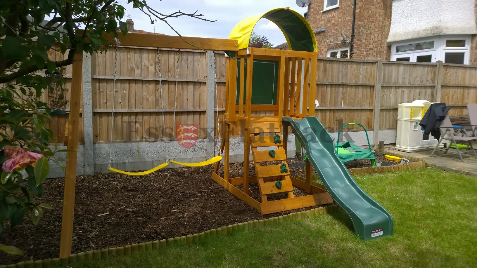 essexflatpack-playhouse-20150524121634.jpg